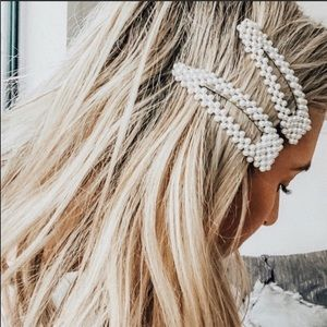 Accessories - 1 Pearl hair clip snap oversize trendy
